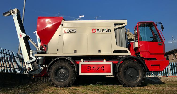 BLEND E025 auf 4x4 Fahrgestell
